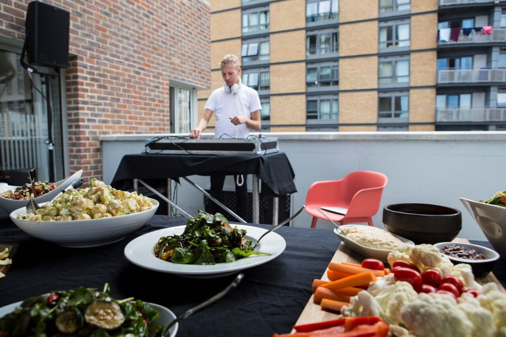 Burgers and Beats: The winning combination at our Welcome BBQ